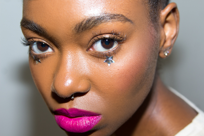 Afro Punk Makeup Jana Silver Stars Bright Pink Lip 3