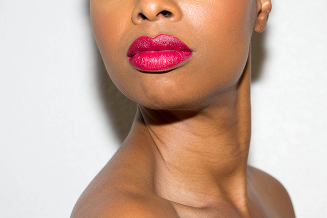 AJ Crimson lipstick review, red lipstick on black women